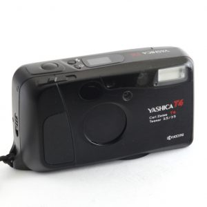 Yashica T4 Carl Zeiss Tessar T 35mm f/3,5