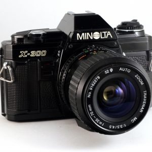 Minolta X-300 + Travenar MC 35-70mm f3.5-4.5 MD