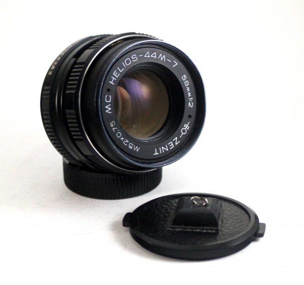 Helios 58mm f/2.0 44-7 NAVOJ M42