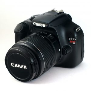 Canon EOS 1100D + 18-55mm f/3.5-5.6 II / Rebel T3