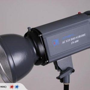 JN-600 Kingpa AC Studio Strobe + Godox 304 stidijski stativ