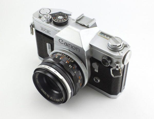 Canon FX Pelix + 50mm f/1,8 FL