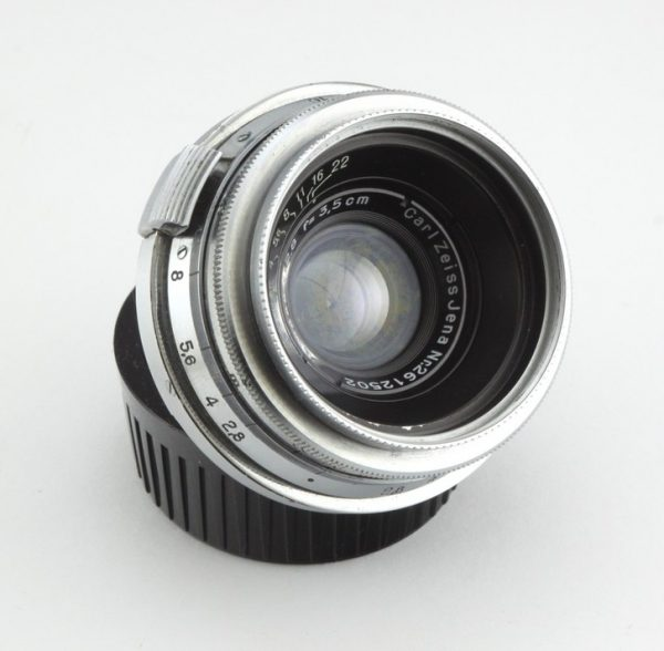 Carl Zeis Biogon 35mm f/2.8 Contax RF