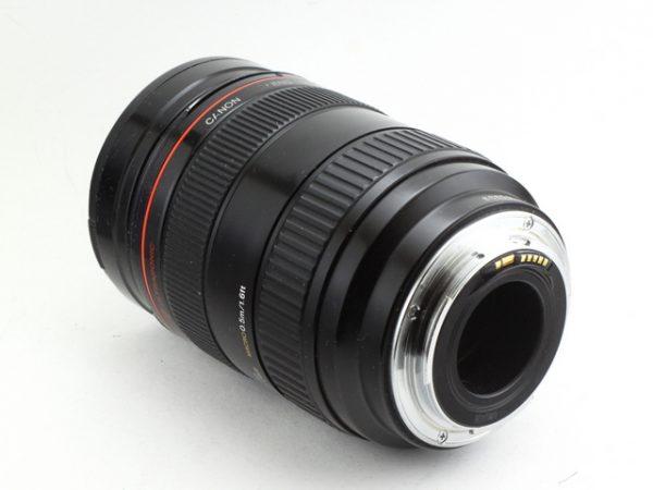 Canon EF 28-70mm f/2.8 L USM Macro Ultrasonic