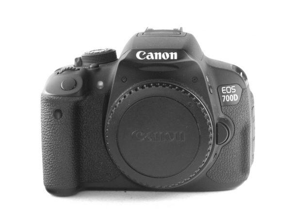 Canon EOS 700d (telo)