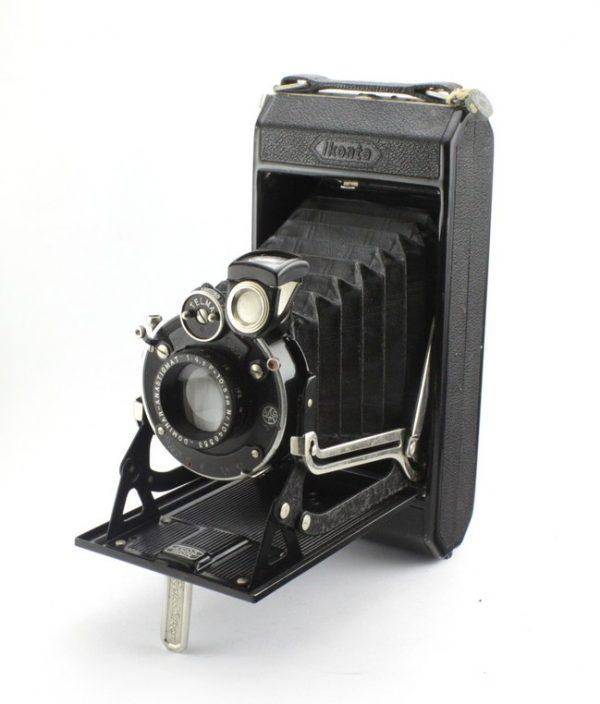 Zeiss Ikon Ikonta 520/2 6X9cm 120 Roll Film Dominar 10.5cm