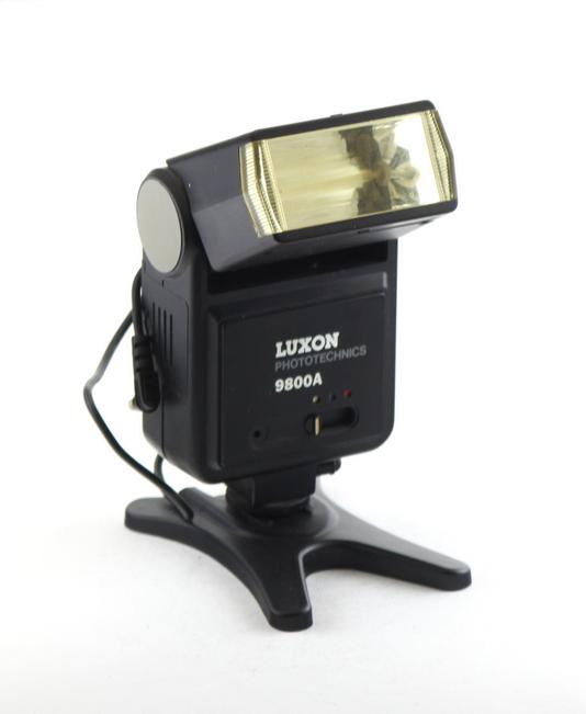 Luxon Phototehnic 9800a Flash