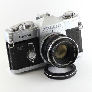 Canon Pellix + 50mm f/1,8
