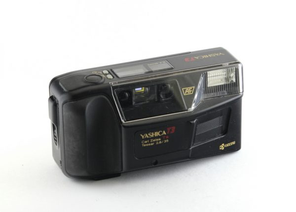 Yashica T3 Carl Zeiss Tessar 35mm f/2,8