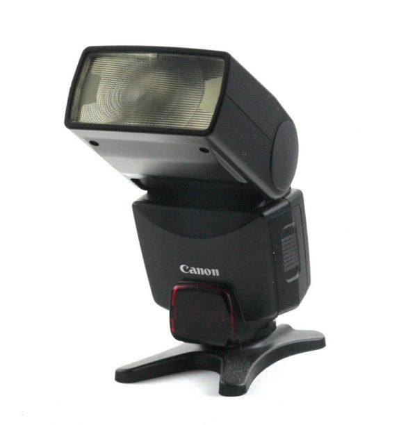 Canon EOS EF 28-80mm f/3.5-5.6