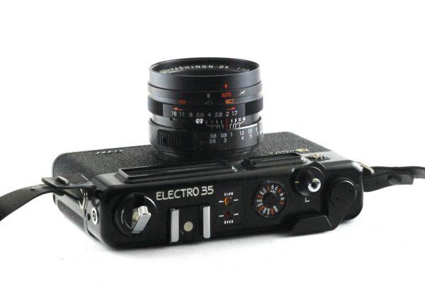 Yashica Electro 35 + DX 45mm f/1.7