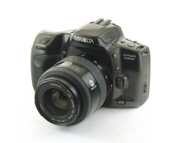 Minolta 500si + 35-70mm f/3.5-4.5 AF zoom