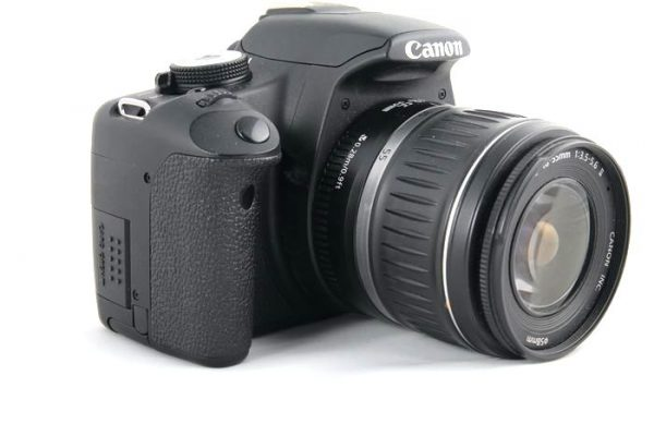 Canon EOS 500d + 18-55mm f/3.5-5.6 II