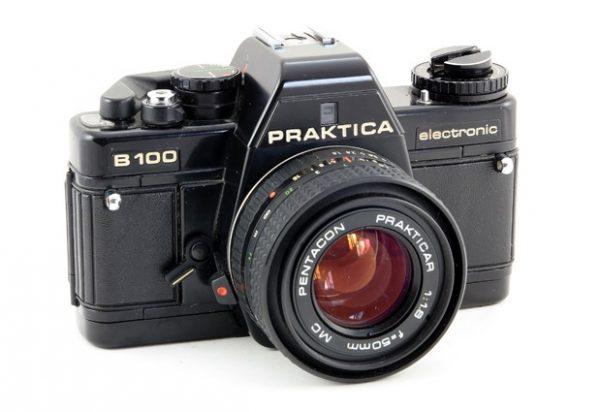 Praktica B100 + Prakticar 50mm f/1.8