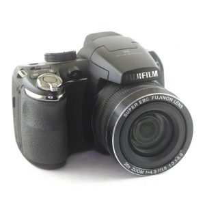 Fujifilm Finepix S 14MP 26X Superwide Zoom
