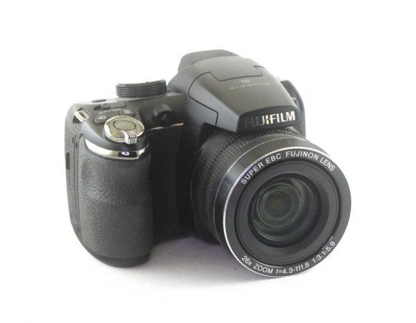 Fujifilm Finepix S 14MP 26X Superwide Zoom