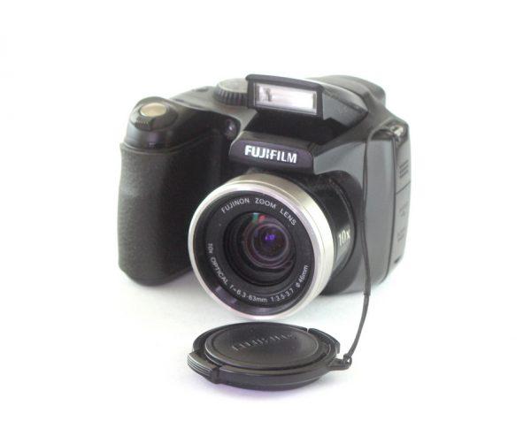 Fujifilm Finepix S5800 8MP 10X Zoom